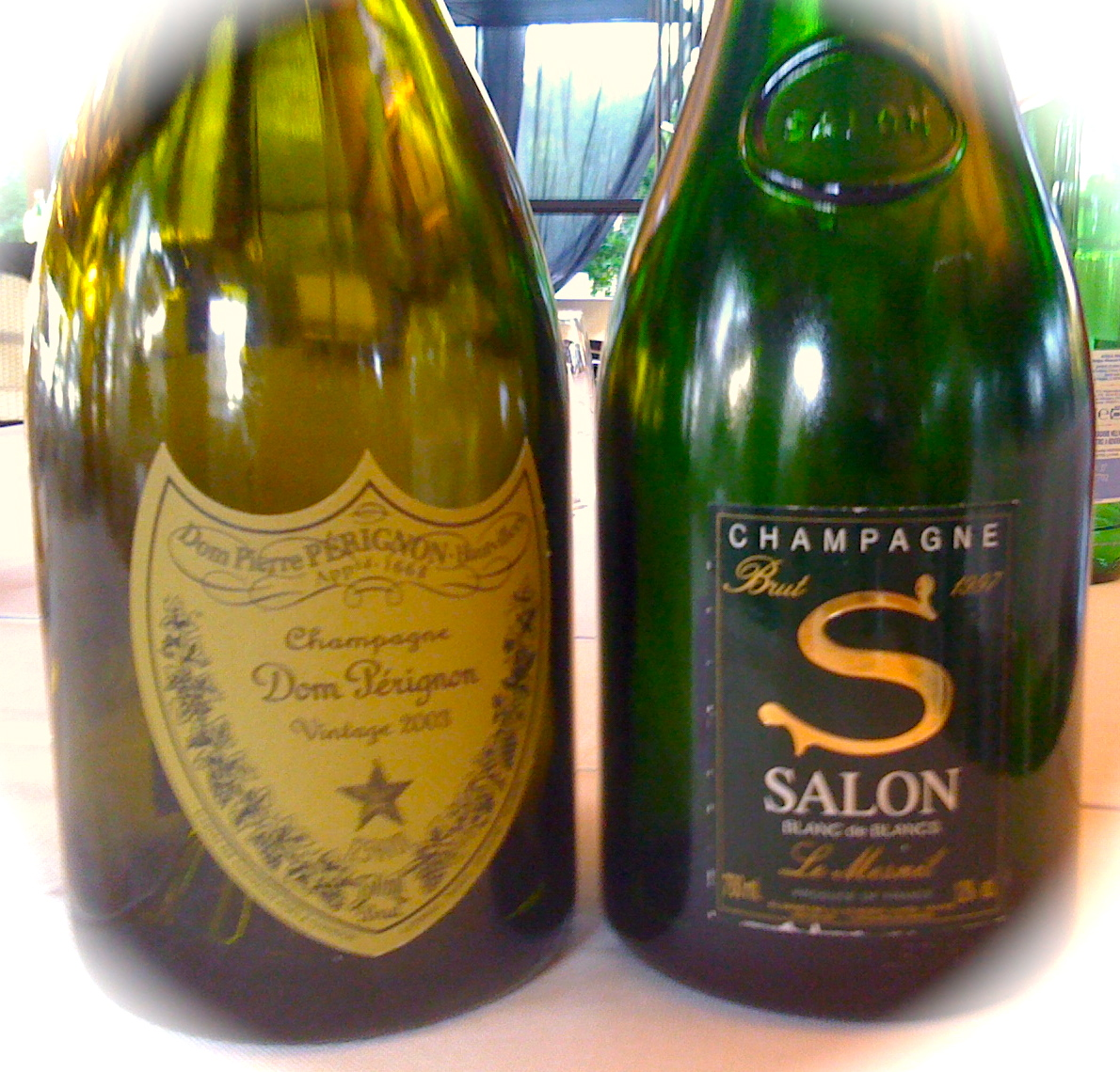 Champagne dom perignon 2003 e salon 1997 foodwineadvisor for 1997 champagne salon